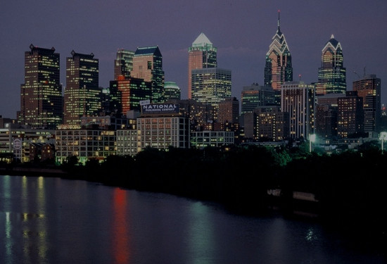 Philadelphia Singles Events - Speed Dating, Singles Mixer, Black and White party, Happy Hours, Local Singles game night.
